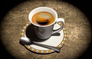 膝痛に悪影響なカフェイン