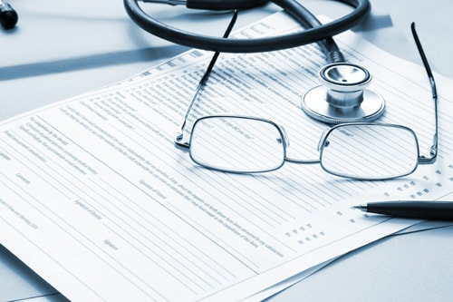 膝痛の原因は問診や検査から総合診断
