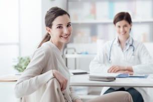 女性の変形性膝関節症の予防ポイント
