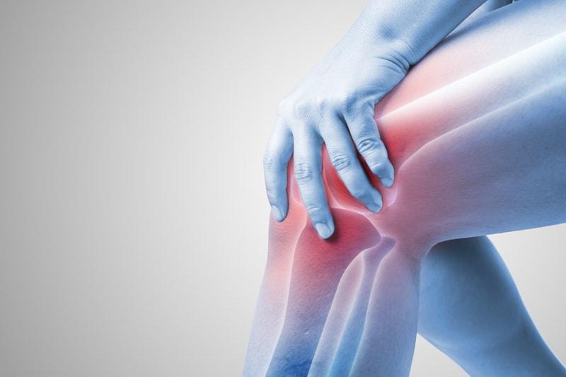 膝の違和感の原因はこれ!10の症状と病院に行くタイミング