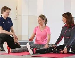 【変形性膝関節症には運動OK】その効果は薬レベルという研究報告も