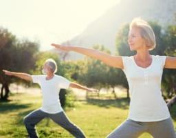 【専門家が考える】変形性膝関節症に悪い体操と良い体操