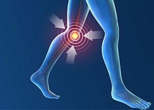 サインは膝の内側の痛み。早めの治療が肝心な「変形性膝関節症」とは